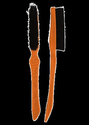 E9 - Spazzolino per pulizia prese o parete dalla magnesite Lilbrush - Arancio